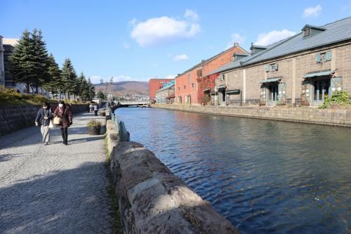 GOTOトラベル北海道の旅・・白い恋人パークと小樽運河を訪ねます。