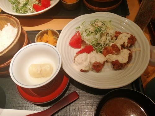 【名古屋出張】新幹線移動を旅行記にしてみます。名古屋グルメを堪能?クリスマスだからチキン!