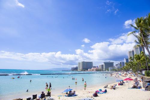 0歳児と行くハワイ:Day3~ほろにがビーチデビュー~