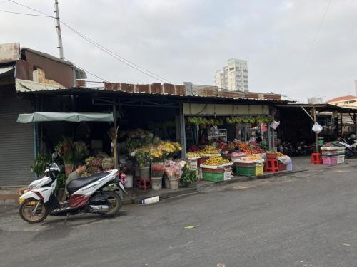 ロシアンマーケット(Toul Tompoung Market)