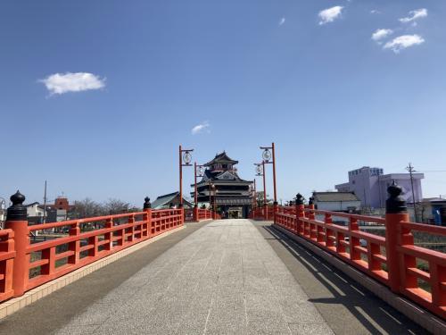 千と千尋の神隠しの湯屋に似ていると言われる清洲城へ
