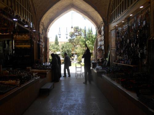 祝!イラン観光ビザ発行再開 現在のシラーズ町巡り バザールヴァキール周辺パート1