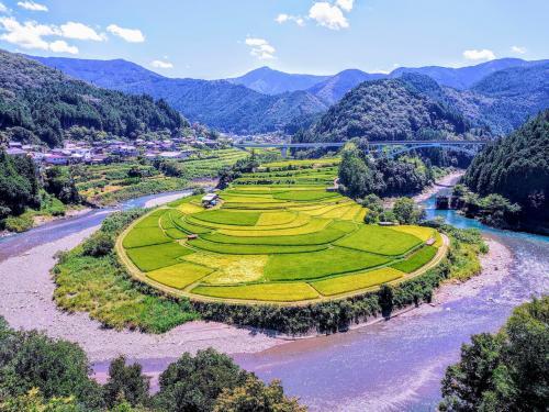 夏の和歌山を日帰りドライブ     山、川、海、そして温泉