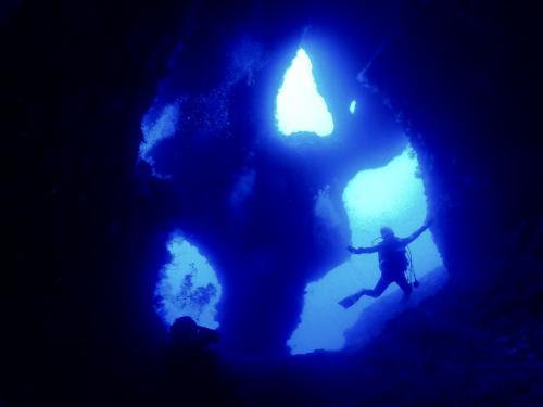 2021.10 伊良部島で地形ダイビングとドローン撮影のsup