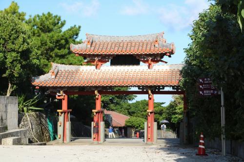 ケラマブルーの海が見たくて慶良間諸島に出かけて来ました(その1)首里城観光