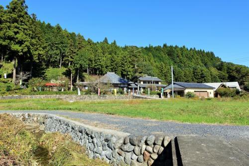 秋の秩父ひとり旅(後半)~念願の新木鉱泉旅館に宿泊、そして札所3番と秩父神社