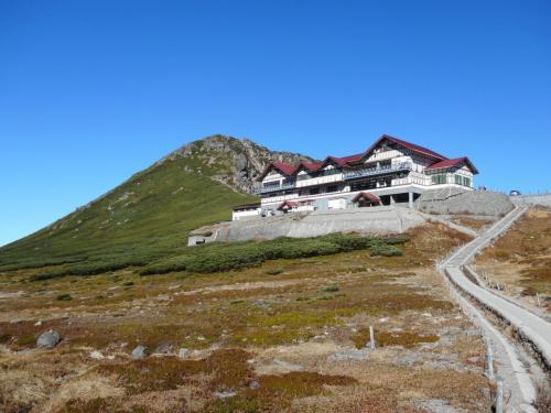 奥飛騨新平湯温泉『旅館 紅葉』で体を癒し、初の3000m級登山、乗鞍岳までの道のり。