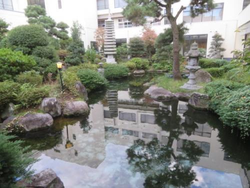 石和温泉「華やぎの章 甲斐路」に宿泊して温泉と食事を楽しむ