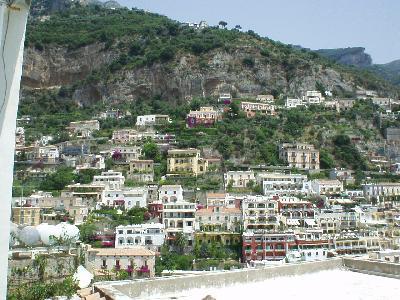 *Positano* (南イタリア・アマルフィ海岸)