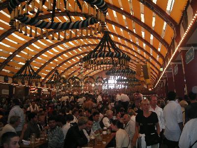 オクトーバーフェスト(ビール祭り)