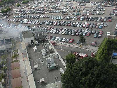 Los Angelesのビル火災? 小火