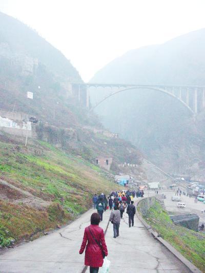私の三峡くだり…重慶・水位が上がる前の小三峡