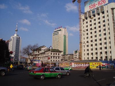延吉 新華街 南端はレストラン街