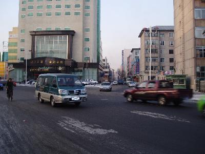 延吉 新興街南側 南端は按摩屋が多い路です