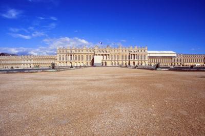 ヴェルサイユ宮、降ったり晴れたり
