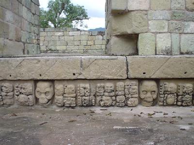 グアテマラ~ホンジュラス国境を越えてコパン遺跡へ