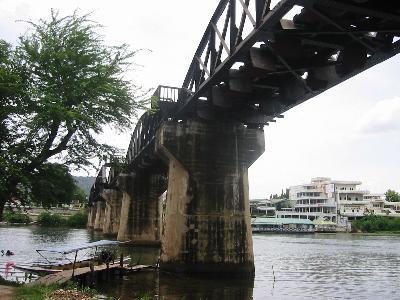映画「戦場にかける橋」の舞台カンチャナブリへ