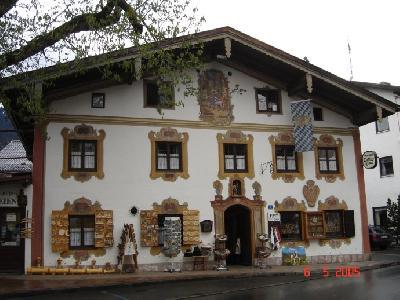 オーバーアマガウ 南ドイツの美しい壁画の街