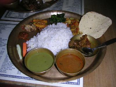 ネパールの旅(6) 【食事と安宿】