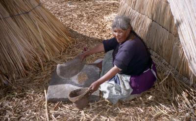 ペルーの旅(2)・・トトラで作った島で今も暮らす民が住むチチカカ湖を訪ねて