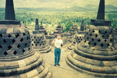 【再編集 - 昔の写真を投稿!】インドネシア~バリ島、ジャワ島・ボロブドゥール(新婚旅行)~
