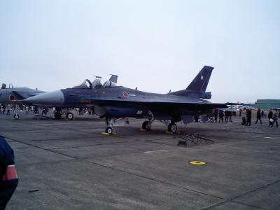 展示飛行機&車両(エア・フェスタ浜松2005 航空自衛隊浜松基地?)