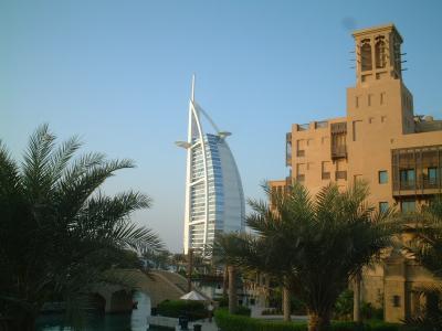 2005年9月 ドバイへ新婚旅行!(1)出発~バージアルアラブ