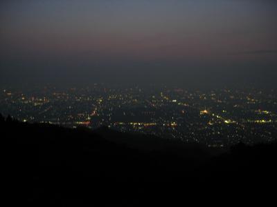 大阪平野の夜景(信貴生駒スカイライン)