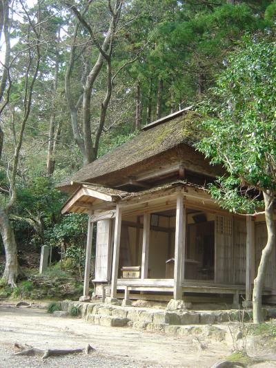 越後一ノ宮「弥彦神社の舞楽」と良寛の「五合庵」