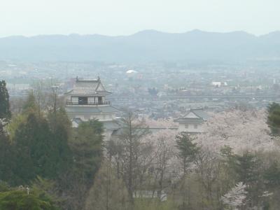 中越地震の傷跡が残る「悠久山公園」と「香林寺のしだれ桜」