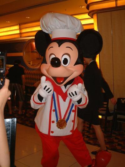 アンバサダーホテルでシェフミッキーに会う!