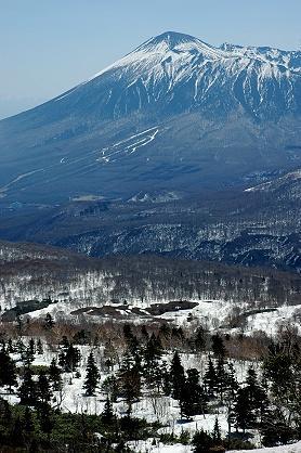 ★春の東北旅行(6) −八幡平の雪と温泉