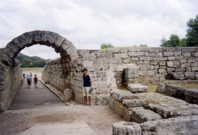 2002年トルコ・ギリシアの旅6 オリンピア ギリシア料理と190mダッシュ