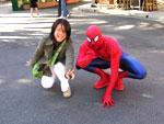 スパイダーマンと記念写真