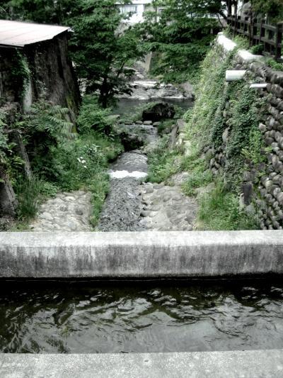 """水の町へ\\\""""take a relax walk around the town of limpid stream\\\"""""""