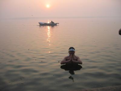 No Problem!−インド個人旅行4日目・ガンガーで初日の出沐浴!!−