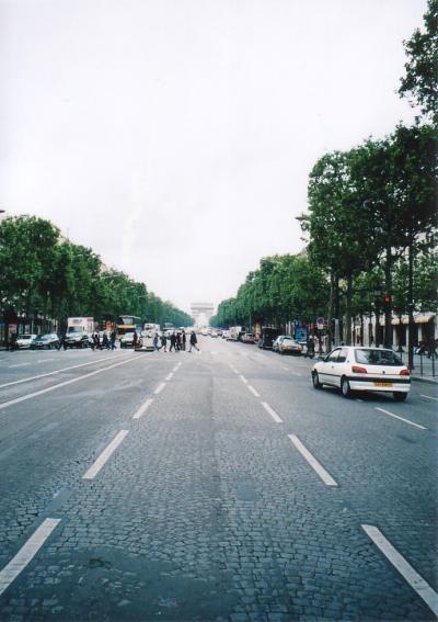 ロマンチック街道の旅(3)パリ編