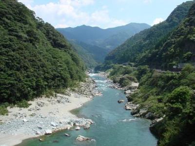 我が故郷の吉野川