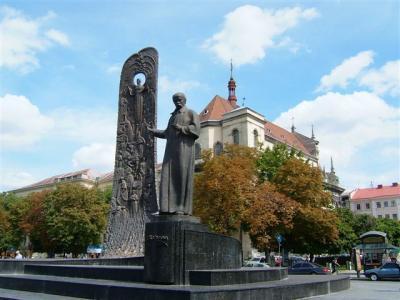 怒涛の東欧大旅行~リヴィウVOL1、キエフから移動/リノック広場の南西方面から手始めに~