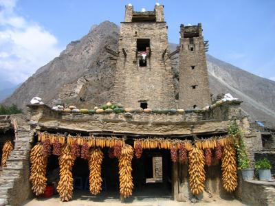 四川省・羌(チャン)族の村を訪ねて