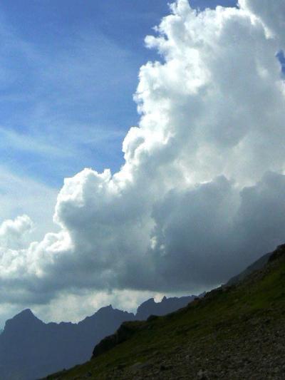 スイス旅行ハイライト写真速報【255】スーステン峠からマイリンゲンへ