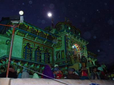 ヒマラヤの聖地 バドリナート