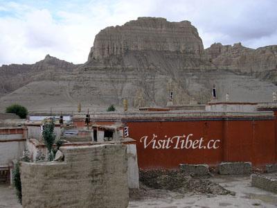 西チベットの景色(ドリン寺)