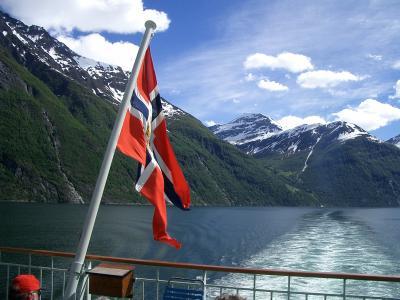 「滝のアリア」 フィヨルドの船旅