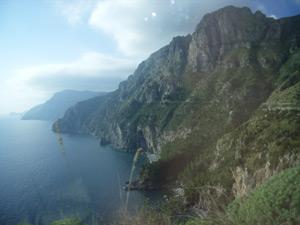 イタリア−癒しとメディテーションの旅(4日目)ソレント−アマルフィの地獄バス