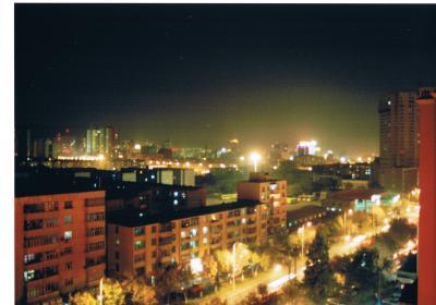 異文化が混在する中国?大都会・ウルムチとカザフ族が暮らす天山天池