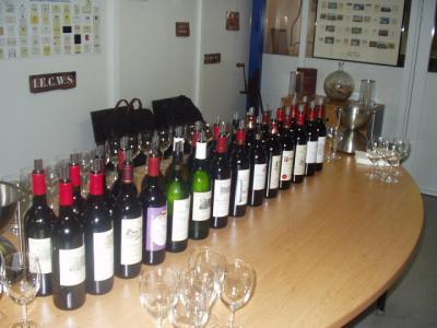 ワイン飲み放題の旅