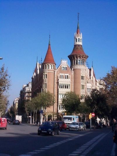 バルセロナ観光:新市街、カサ・ダ・ラス・プンチャス