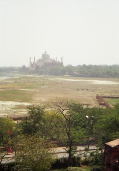 インドの三大観光地巡り Part1(アグラ)