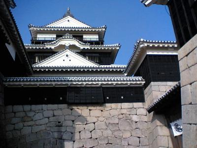 松山城の修復が終わる